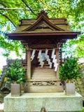 KYOTO, JAPAN - JULI 05, 2017: Sluit omhoog van een gestileerde japanesse tempel in Kyoto Stock Foto's