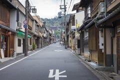 KYOTO JAPAN - MAJ 01, 2014: Sannen Zaka gata i morgonen, Arkivbild