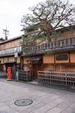 KYOTO JAPONIA, NOV, - 25: Japończyka dom w Gion okręgu na Novemb Zdjęcie Royalty Free