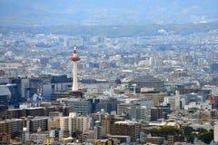 Kyoto-Stadt-Ansicht - Kyoto-Station/Kyoto-Turm - Kyoto Japan Stockfotos