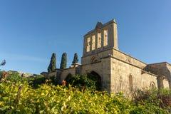 Kyrenia/Chipre - em fevereiro de 2019: Abadia de Bellapais em Chipre do norte foto de stock