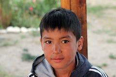 Kyrgyz男孩,湖Issyk Kul地区 库存照片