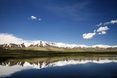 kyrgyzstan liggande Arkivfoton