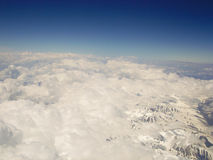 kyrgyzstan Supporto Tianshan La vista dagli aerei immagini stock