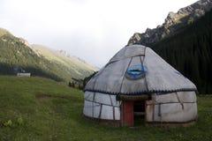 kyrgyzstan yurt Arkivfoto