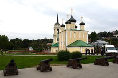 """Kyrka†för antagande (Amiralitetet)"""" den äldsta bevarade kyrkan av Voronezh Arkivbilder"""