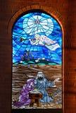 kyrka 2 förser med rutor fönstret Royaltyfria Bilder