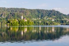 Kyrka av antagandet på den blödde sjön fotografering för bildbyråer