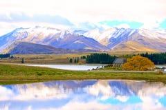 Kyrka av den bra herden på sjön Tekapo Royaltyfri Bild