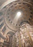 Kyrka av den heliga griften i Jerusalem, rotunda Royaltyfri Foto