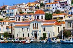 Kyrka av den Poros ön, Grekland Royaltyfri Fotografi