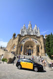 Kyrka av den sakrala hjärtan av Jesus (templet Expiatori del Sagrat Cor) på Tibidabo i Barcelona arkivfoto