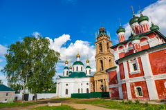 Kyrka av den Smolensk symbolen av modern av guden av det 18th århundradet i Uglich, Ryssland arkivfoton