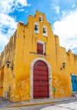 Kyrka av det söta namnet av Jesus i staden av Campeche, Mexico arkivbild