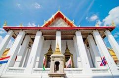 Kyrka av det thailändska tempelet Arkivbild
