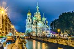 Kyrka av frälsaren på blod på natten, St Petersburg Royaltyfri Foto