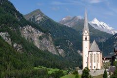 Kyrka av Heiligenblut; Österrike Fotografering för Bildbyråer