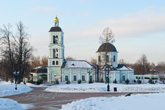 Kyrka av livet som ger våren i Tsaritsyno Fotografering för Bildbyråer
