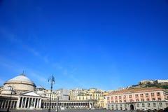 Kyrka av San Francesco di Paola av Piazza del Plebiscito Royaltyfri Bild