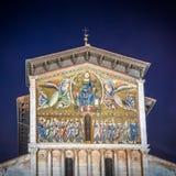 Kyrka av San Frediano, Lucca, Tuscany, Italien Arkivfoton