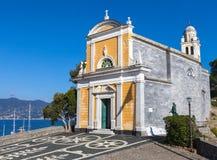 Kyrka av San Giorgio Portofino italy Fotografering för Bildbyråer