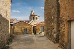 Kyrka av San Salvador i Ayoo de Vidriales i Zamora Spanien royaltyfri bild