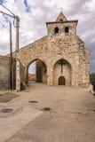 Kyrka av San Salvador i Ayoo de Vidriales i Zamora Spanien royaltyfria bilder