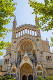 Kyrka av Sant Bartomeu i Soller Arkivbilder