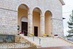 Kyrka av Santa Maria Assunta, Roccaraso, Abruzzo, Italien Octobe Arkivfoton