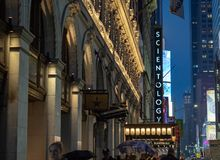 Kyrka av scientologyen av New York i Times Square royaltyfria foton