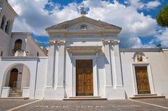 Kyrka av SS. Maria della Luce. Mattinata. Puglia. Italien. Royaltyfri Foto