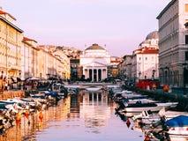 Kyrka av St Antonio i Trieste, Italien royaltyfri fotografi