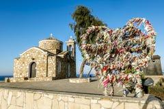 Kyrka av St Elias på en vagga i Protaras cyprus arkivfoton