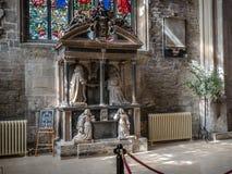 Kyrka av St John det baptistiskt på påsken Cirencester Arkivfoton
