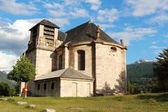 Kyrka av St Louis i Mont-Dauphinen, Frankrike fotografering för bildbyråer