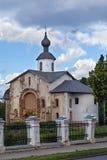 Kyrka av St Parasceva Fredagen på marknadsplatsen, ingen Veliky Royaltyfria Foton