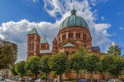 Kyrka av St Peter, det mer ung, Strasbourg royaltyfria bilder