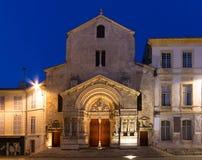 Kyrka av St. Trophime, Arles royaltyfria foton