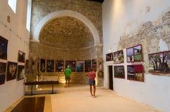 Kyrka av St Veneranda (XIV århundradet), gammal stång, Montenegro Arkivfoton