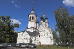 Kyrka av uppstigningen av Herren som är till salu i Veliky Ustyug, Vologda region Royaltyfri Fotografi