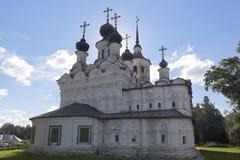 Kyrka av uppstigningen av Herren som är till salu i Veliky Ustyug, Vologda region Arkivbilder