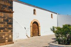 Kyrka av vår dam av Candelaria i La Oliva, Fuerteventura Royaltyfri Foto