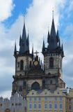 Kyrka av vår dam framme av Tyn, Prague, tjeck Royaltyfria Bilder
