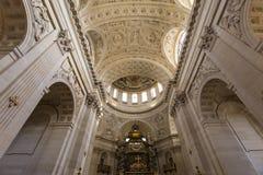 Kyrka av Val de Grace, Paris, Frankrike Royaltyfri Foto