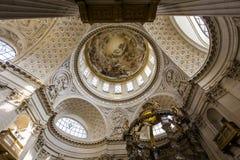Kyrka av Val de Grace, Paris, Frankrike Royaltyfri Fotografi