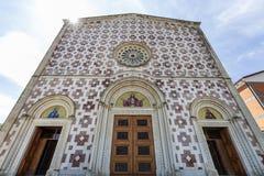 Kyrka av Voltoen Santo di Manoppello Arkivbild