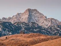 Kyrka för ensamt berg Royaltyfri Foto