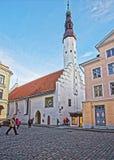 Kyrka för helig ande i den gamla staden av Tallinn i Estland Royaltyfria Bilder
