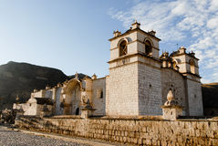 Kyrka för obefläckad befruktning - Yanque, Peru arkivbilder