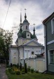 Kyrka för ` s för St Catherine i Parnu, Estland arkivfoto